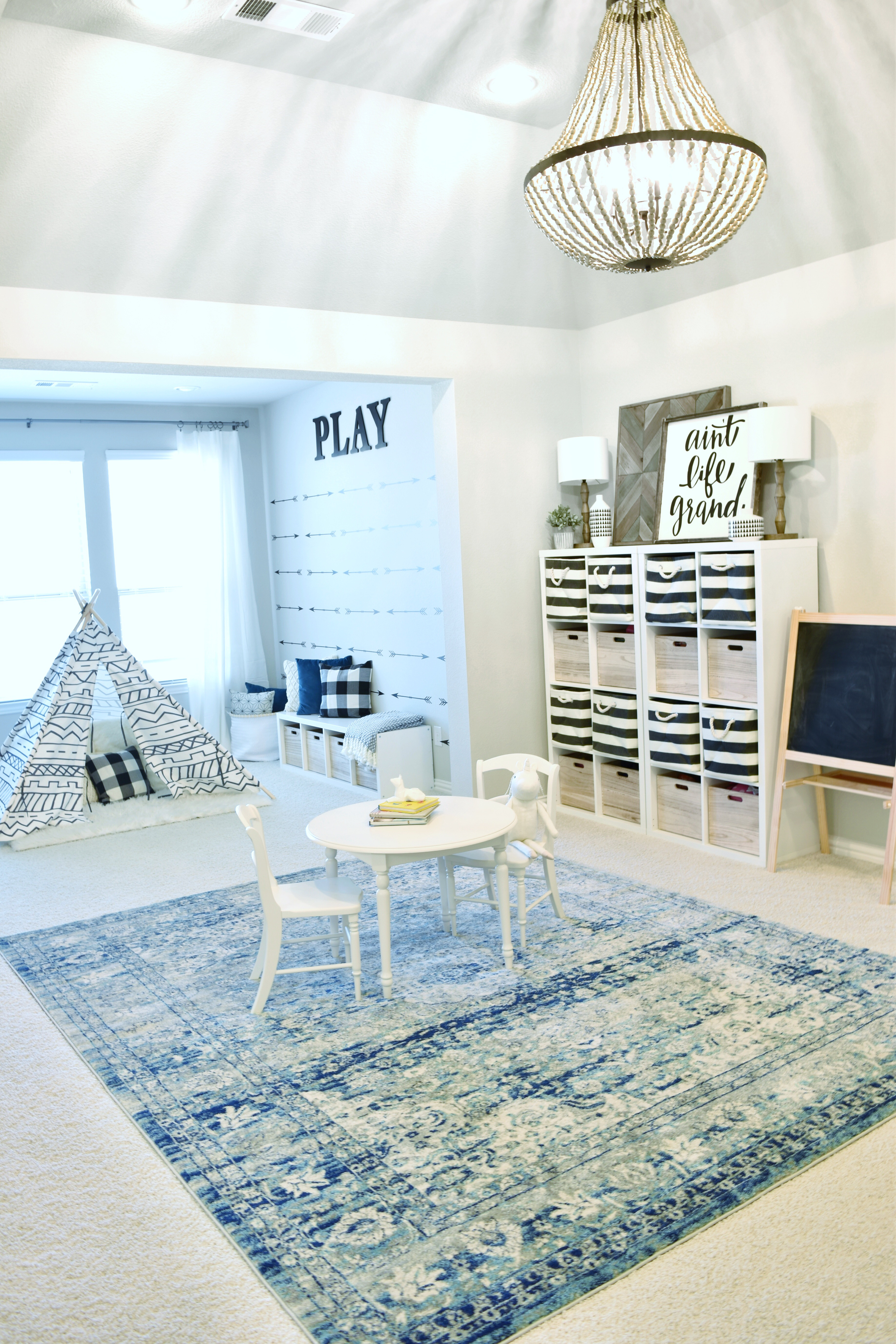 Picking out the perfect (affordable) rug - My Texas House